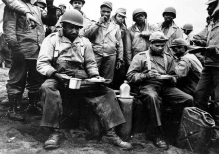 BLACK SOLDIERS IN SEGREGATED QUARTERS WWII
