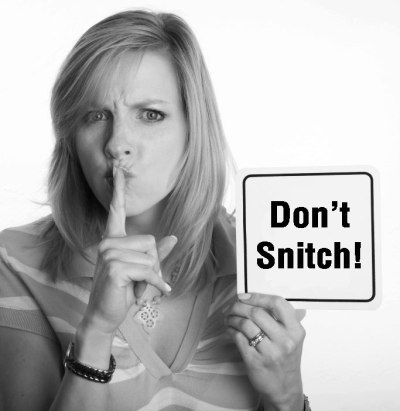 WW-with-Dont-Snitch-Sign-2